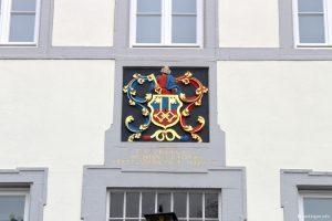 Uerdinger Wappen am alten Rathaus